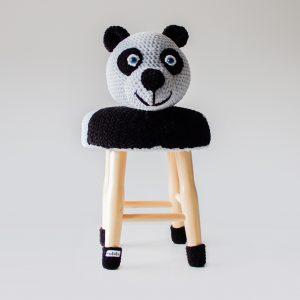 makuka - háčkovaná taburetka panda