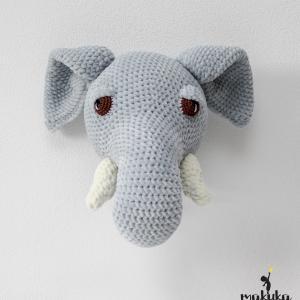 hackovana hlava slon